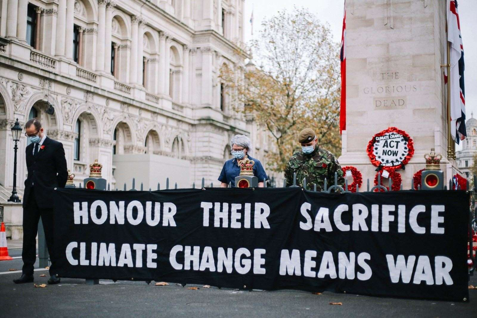 Met Police criticised over Extinction Rebellion's 'hijacking' of Cenotaph on Armistice Day