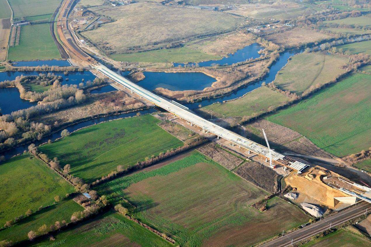 Work has finished on the half-mile long River Great Ouse viaduct on the new A14 (7430975)