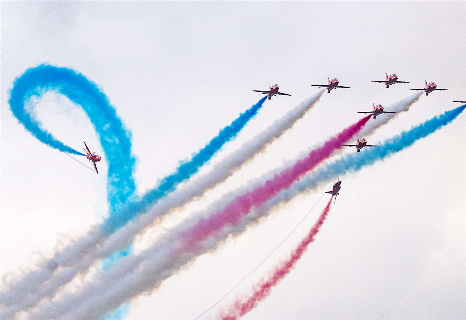 Flying legends the Red Arrows top a stunning Duxford Air show