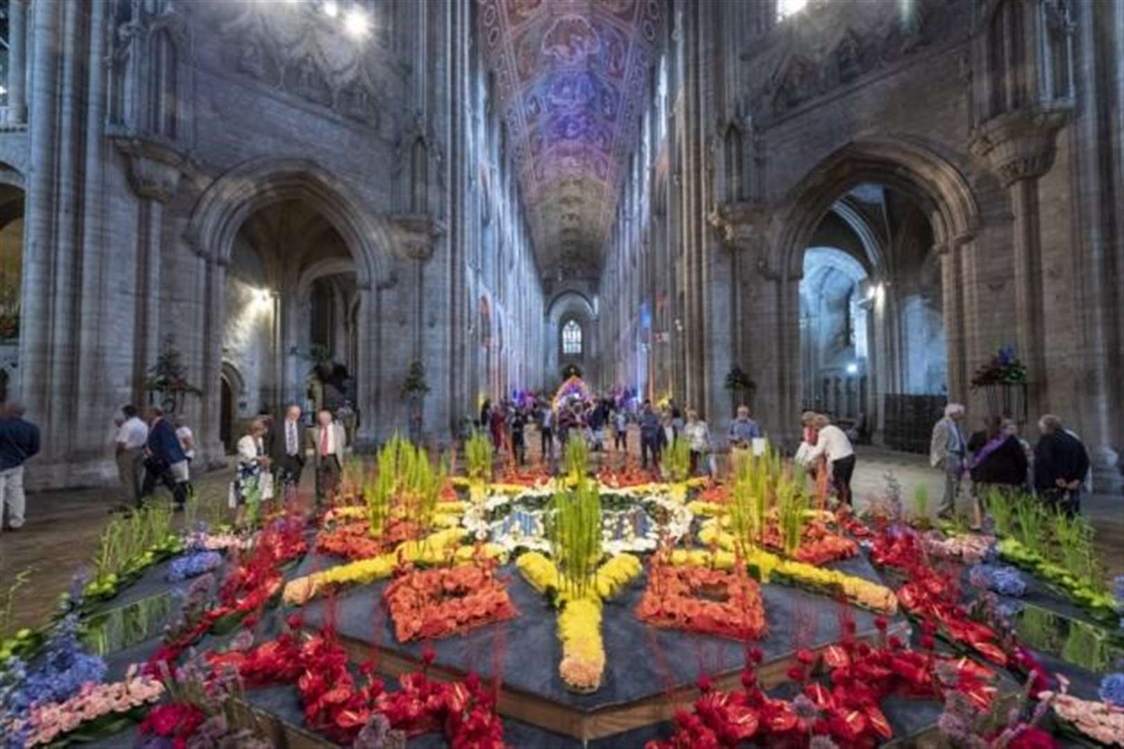 51 pictures of the stunning Ely Cathedral Flower Festival 2018