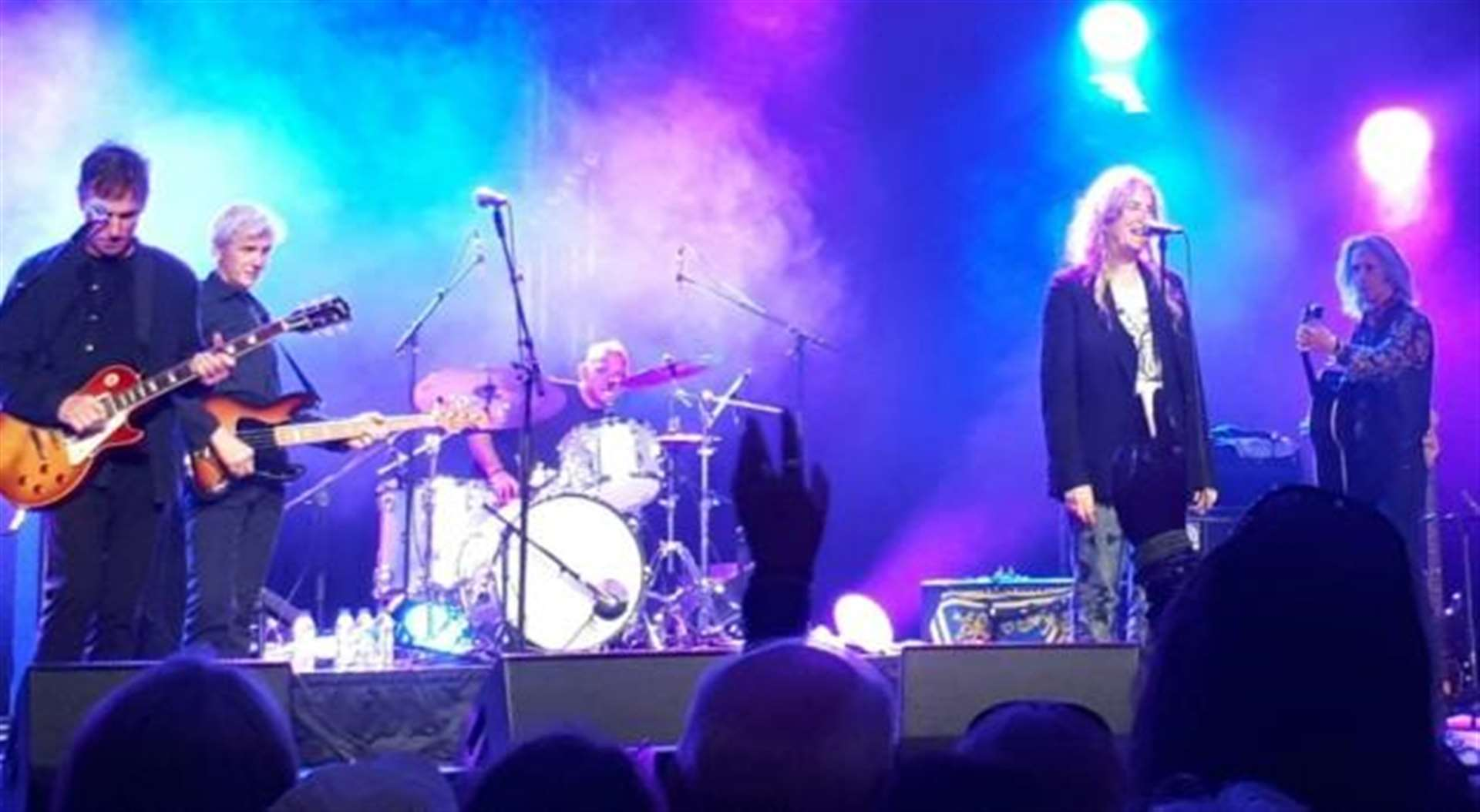 Patti Smith makes up for Stockholm mishap at Cambridge Folk Festival