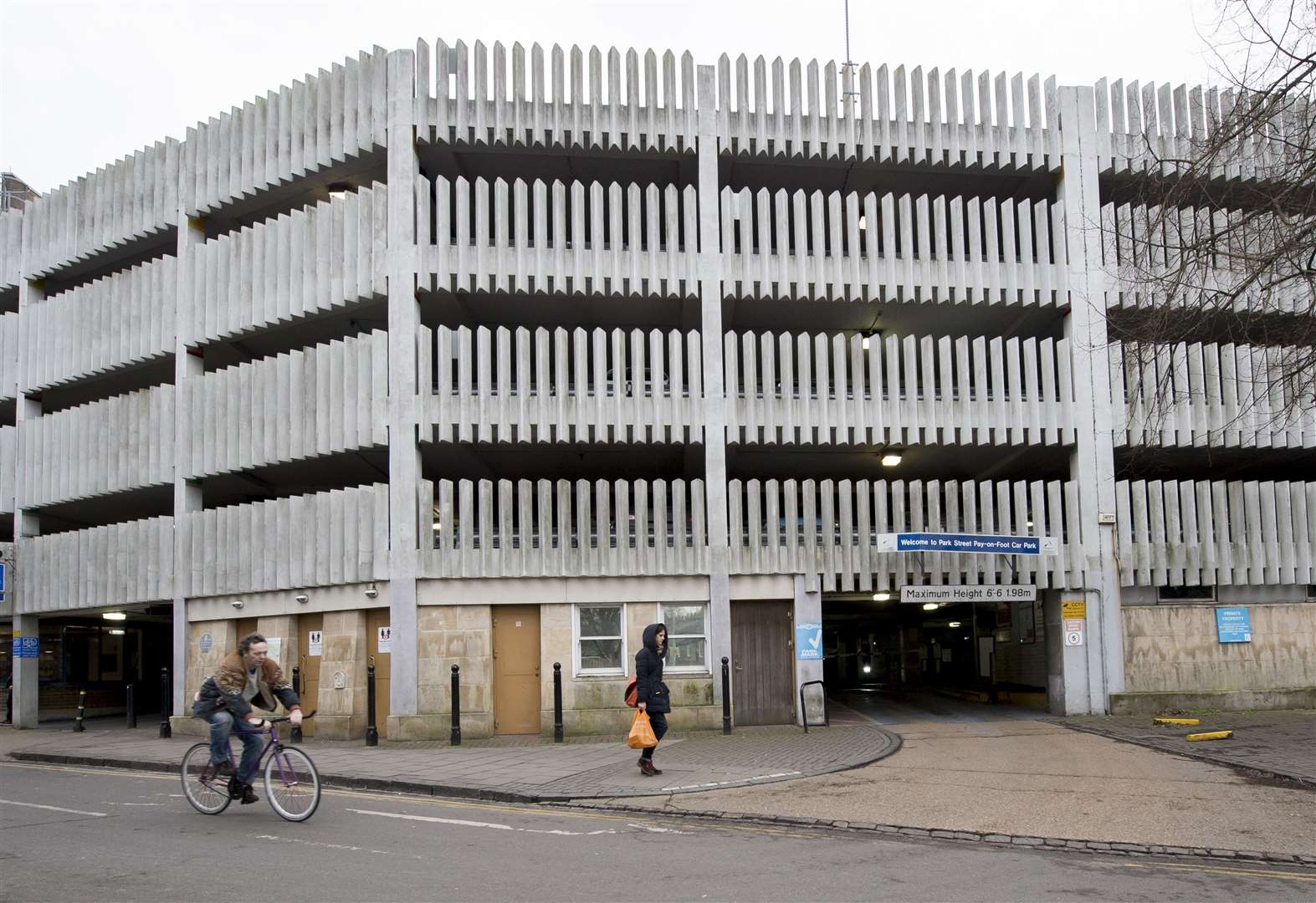 Cambridge car park warning as council reports bank cards scam