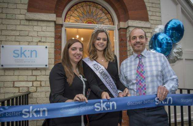 Miss Cambridgeshire, Amy Johnson, helps launch sk:n at 7 Brooklands Avenue, Cambridge, with clinic manager Kelly Jones and Dr Nathan Holt. Picture: Keith Heppell