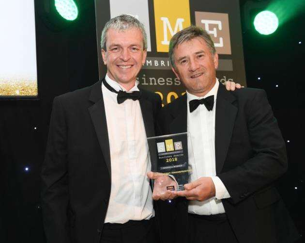 Intelligent Fingerprinting collects the overall winners prize at the SME Cambridgeshire Business Awards 2018