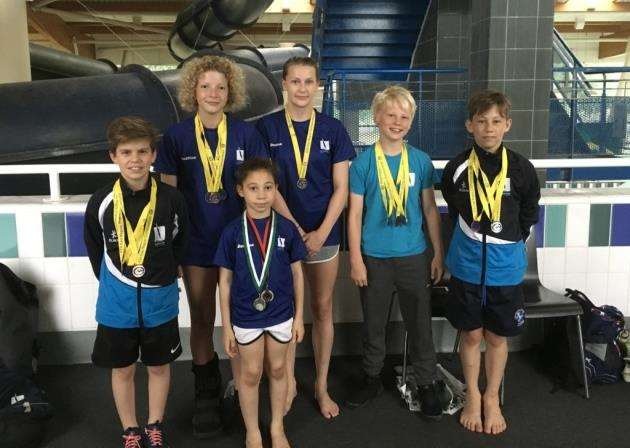 Cambridge Dive Team members - Albie Vaughan, Frankie Webb, Tobi Fayomi, Olivia Blower, Dominic Jaunzens, Kyron Roberts