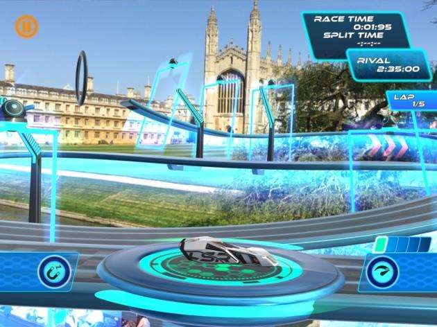 A screenshot from Virtual Arts Lightstream Racer, taken in Kings Parade, Cambridge