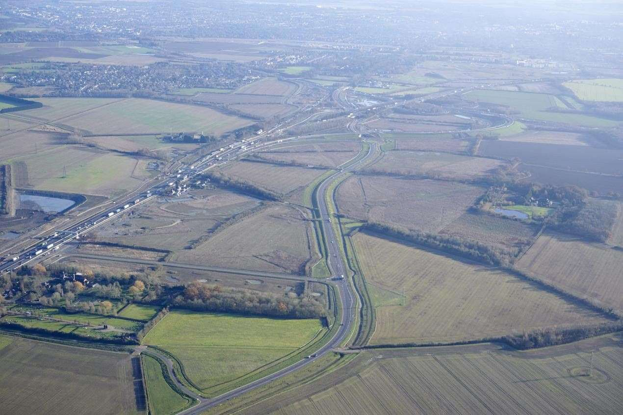 The new A1307 (centre), Girton interchange link (top) and A14 (left) near Cambridge (28499756)