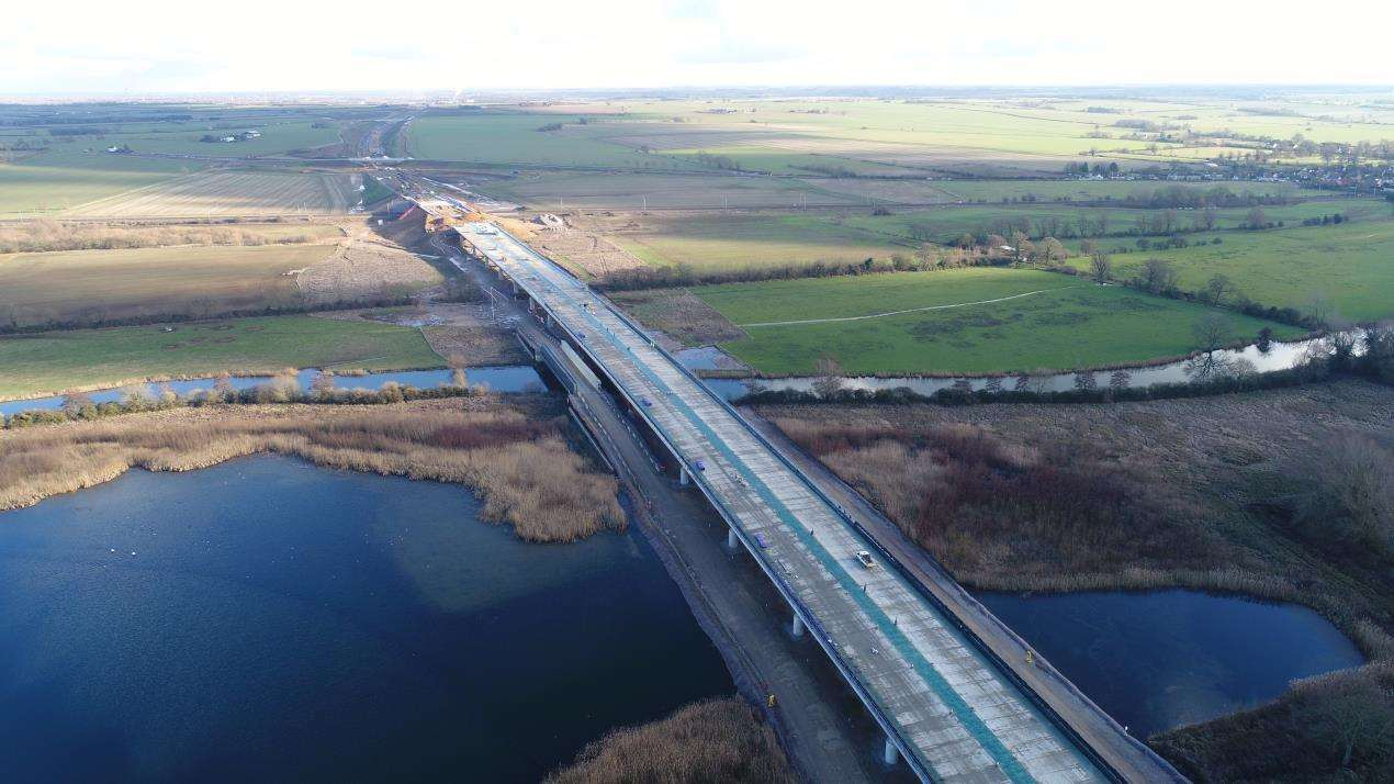 Work has finished on the half-mile long River Great Ouse viaduct on the new A14 (7430977)