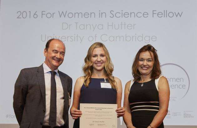 SensorHut co-founded Dr Tanya Hutter was awarded the prestigious L�Or�al-UNESCO for Women in Science Fellowship, UK and Ireland in June 2017,, in recognition of her scientific achievements