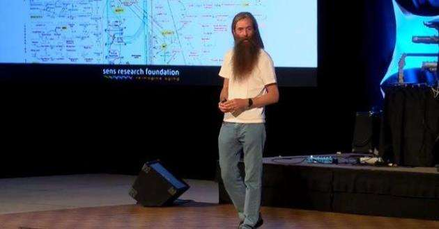 Dr Aubrey de Greys theories on ageing are discussed in a wide variety of ways