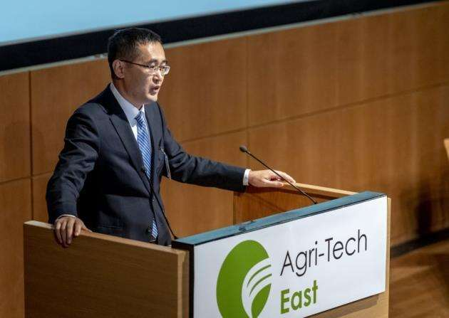 Keynote Dr Zhenling Cui of China Agricultural University addressing the REAP 2018 audience. Picture: Keith Heppell