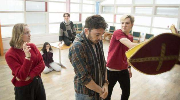 Rehearsals for Edward II at Cambridge Arts Theatre