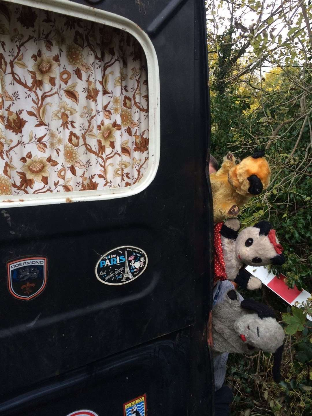 Sooty's TV Mobile goes under the hammer for more than £1,000 (22196678)