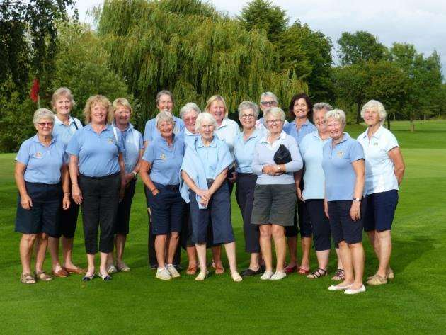 Cambs and Hunts Ladies Golf Association veterans team.