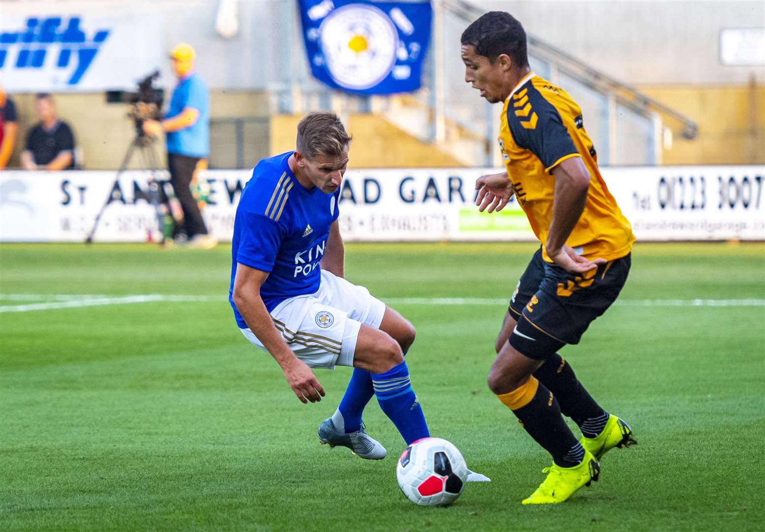 Cambridge United's Kyle Knoyle and Leicester City's Marc Albrighton. Picture: Keith Heppell. (14199481)