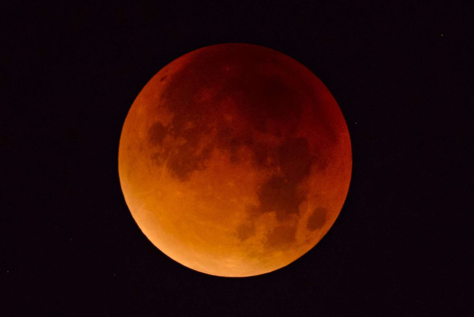 Full lunar eclipse taken from Western Europe on September 28, 2015. A lunar eclipse (also known as a blood moon) occurs when the sun, Earth and moon are aligned and the Moon passes directly behind the Earth into its umbra (shadow). (6625461)