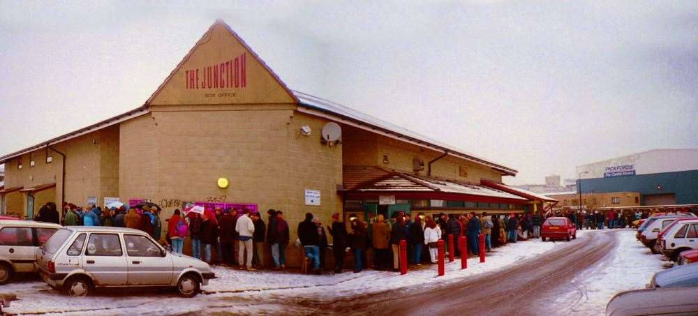 The queue for tickets for Blur at the Junction, January 1997