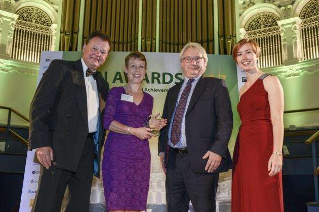 Microbiotica Receiving OBN Award, Ocober 2017. At the OBN Awards from left are John Harris, CEO of OBN, Rowena Gardner, Microbiotica, a representative from Ernst and Young (sponsors of the award) and Sally Le Page, presenter on the evening